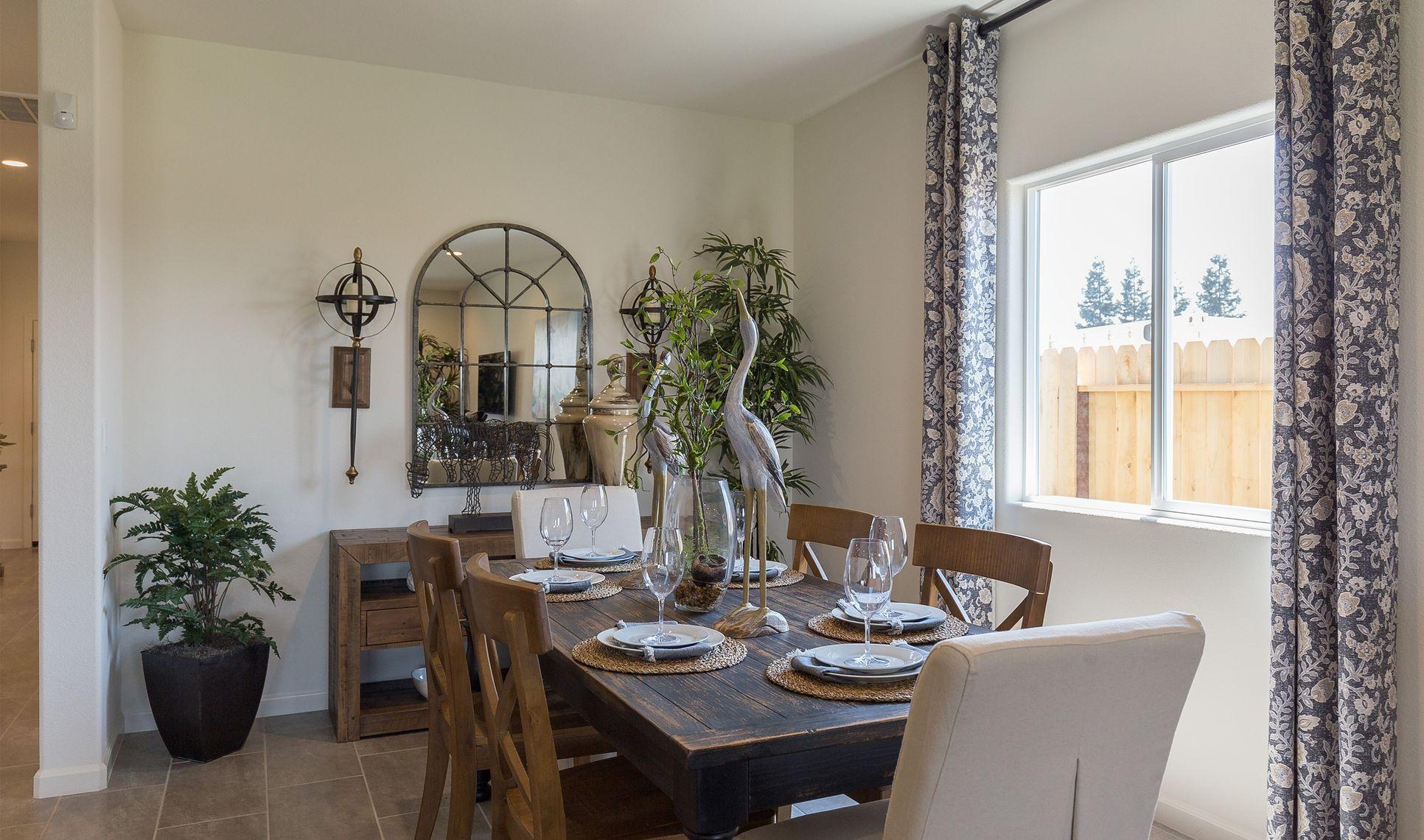 Interior:Cozy dining area