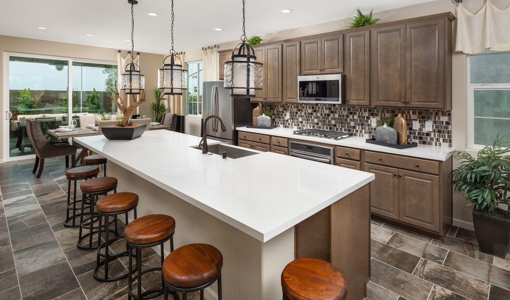 Interior:Designer kitchen with large island