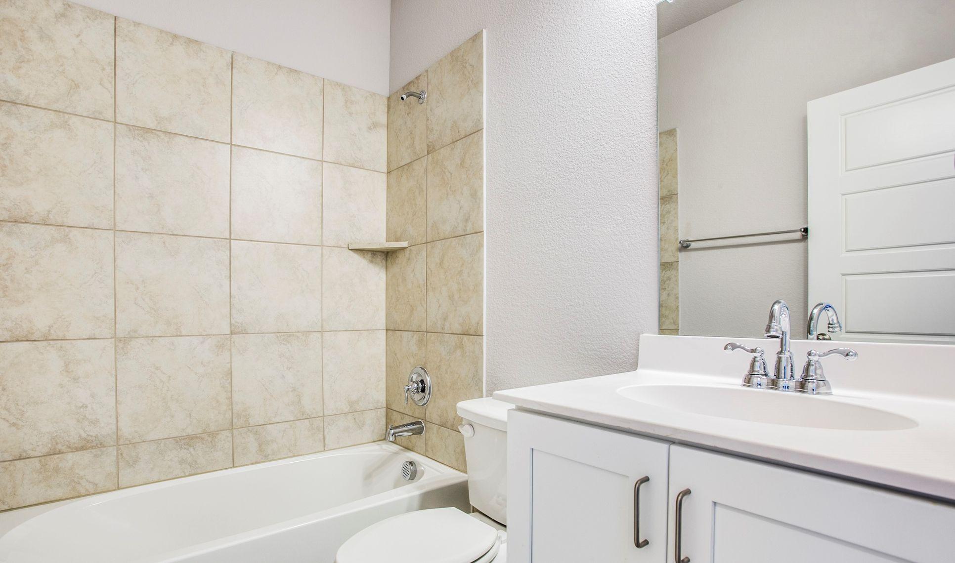 Interior:Beautiful hall bath 2