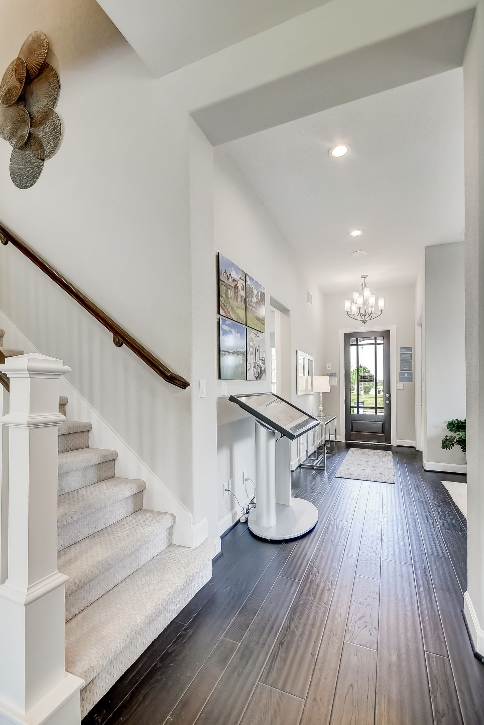 Interior:Welcoming foyer