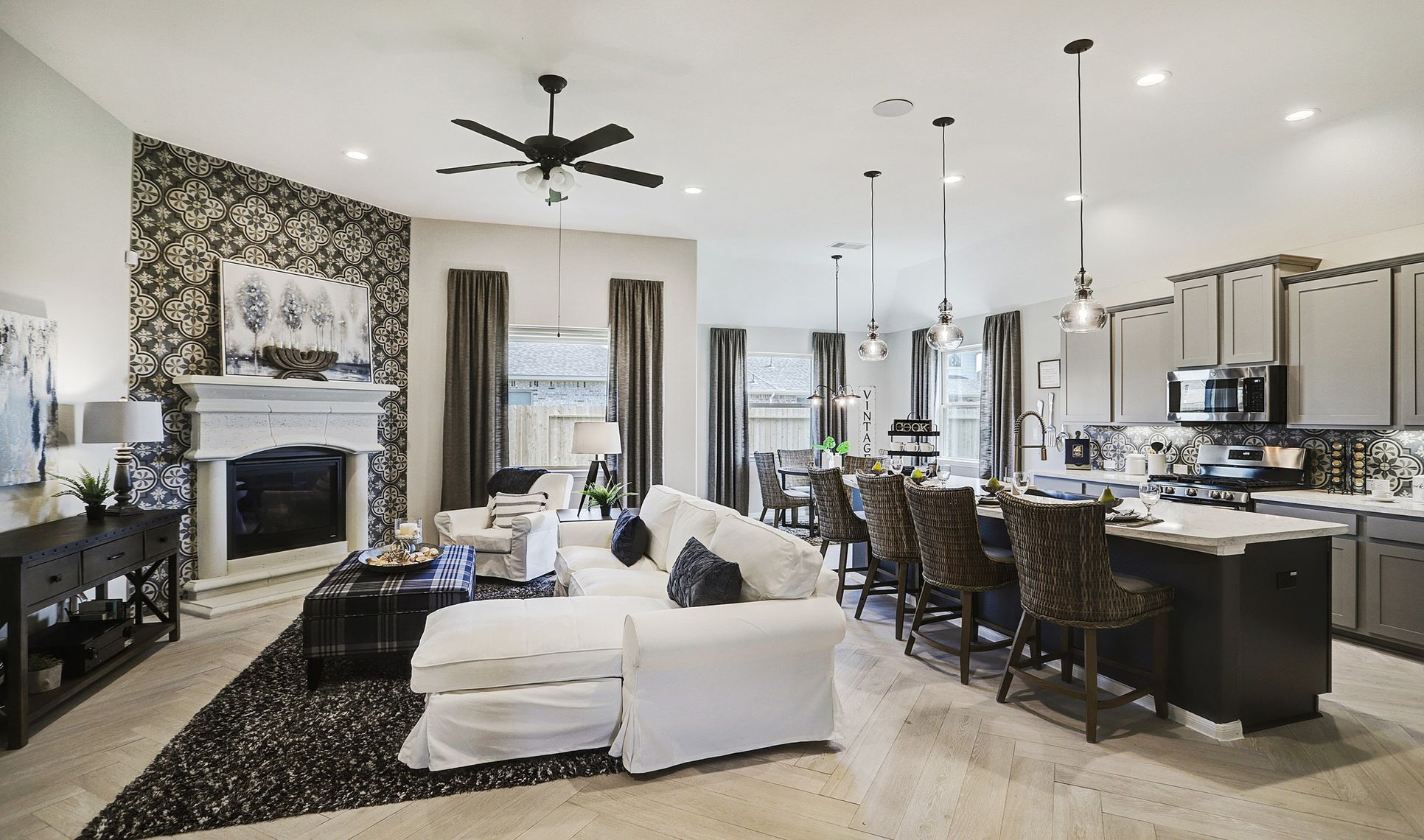 Interior:Large great room