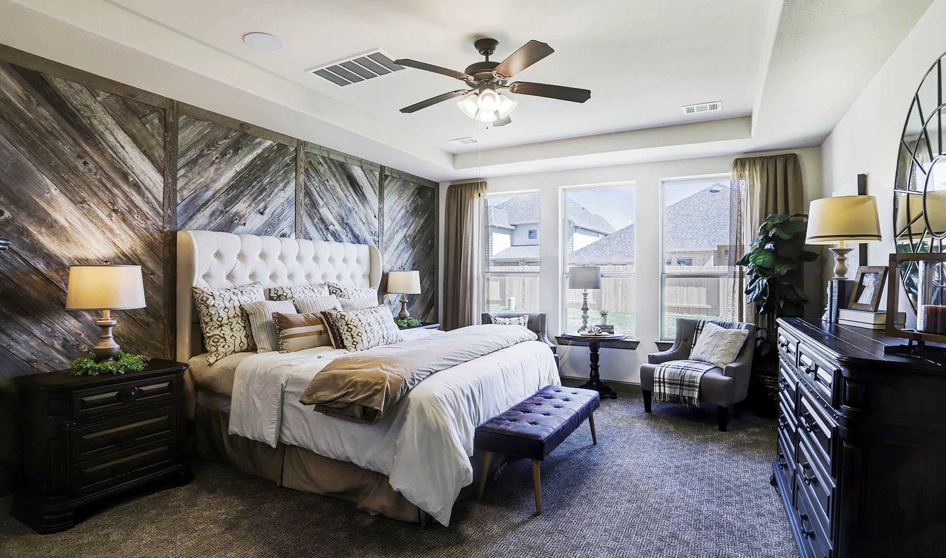 Interior:Spacious owner's suite