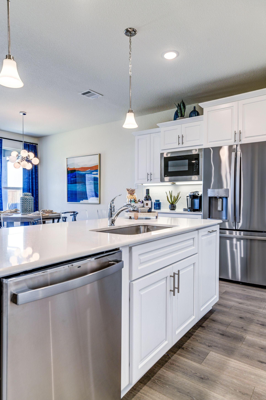 Interior:Island in kitchen