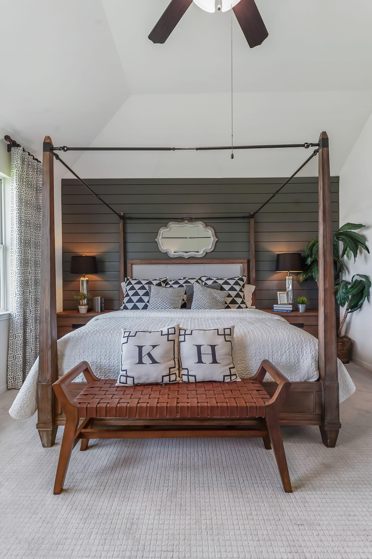 Interior:Luxurious owner's suite