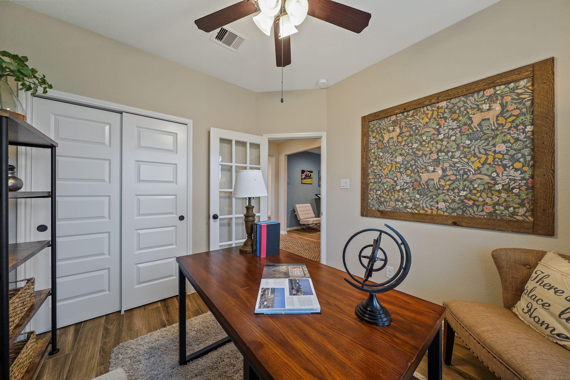 Interior:Cozy study