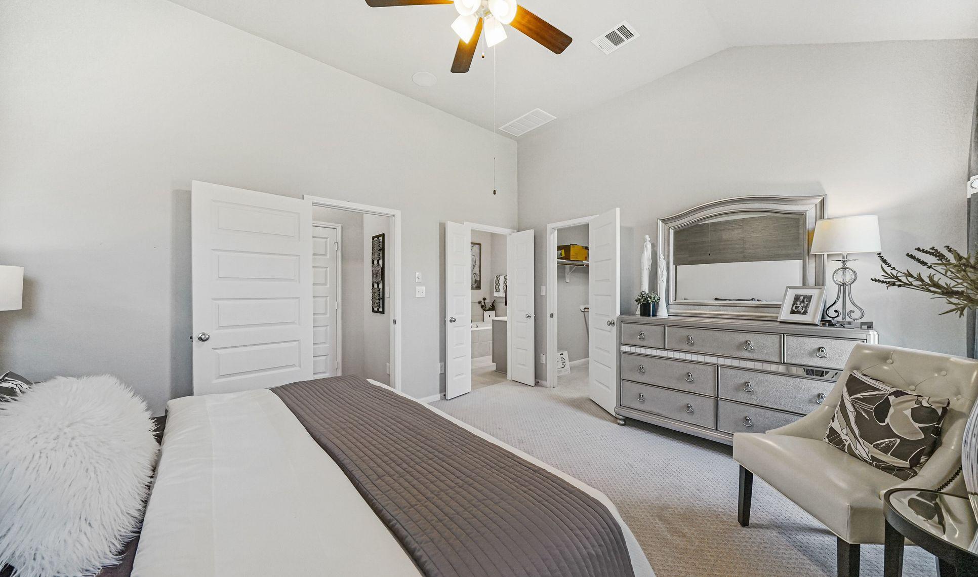 Interior:Private master bedroom