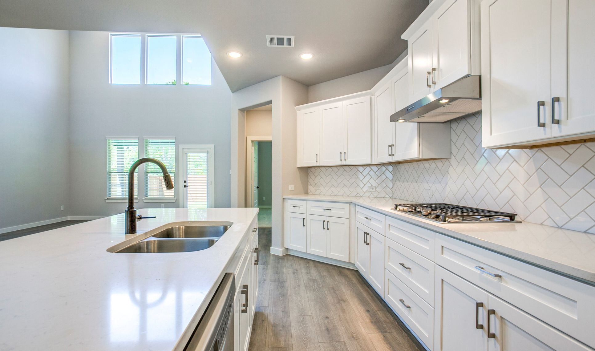 Interior:Kitchen with ample cabinet space