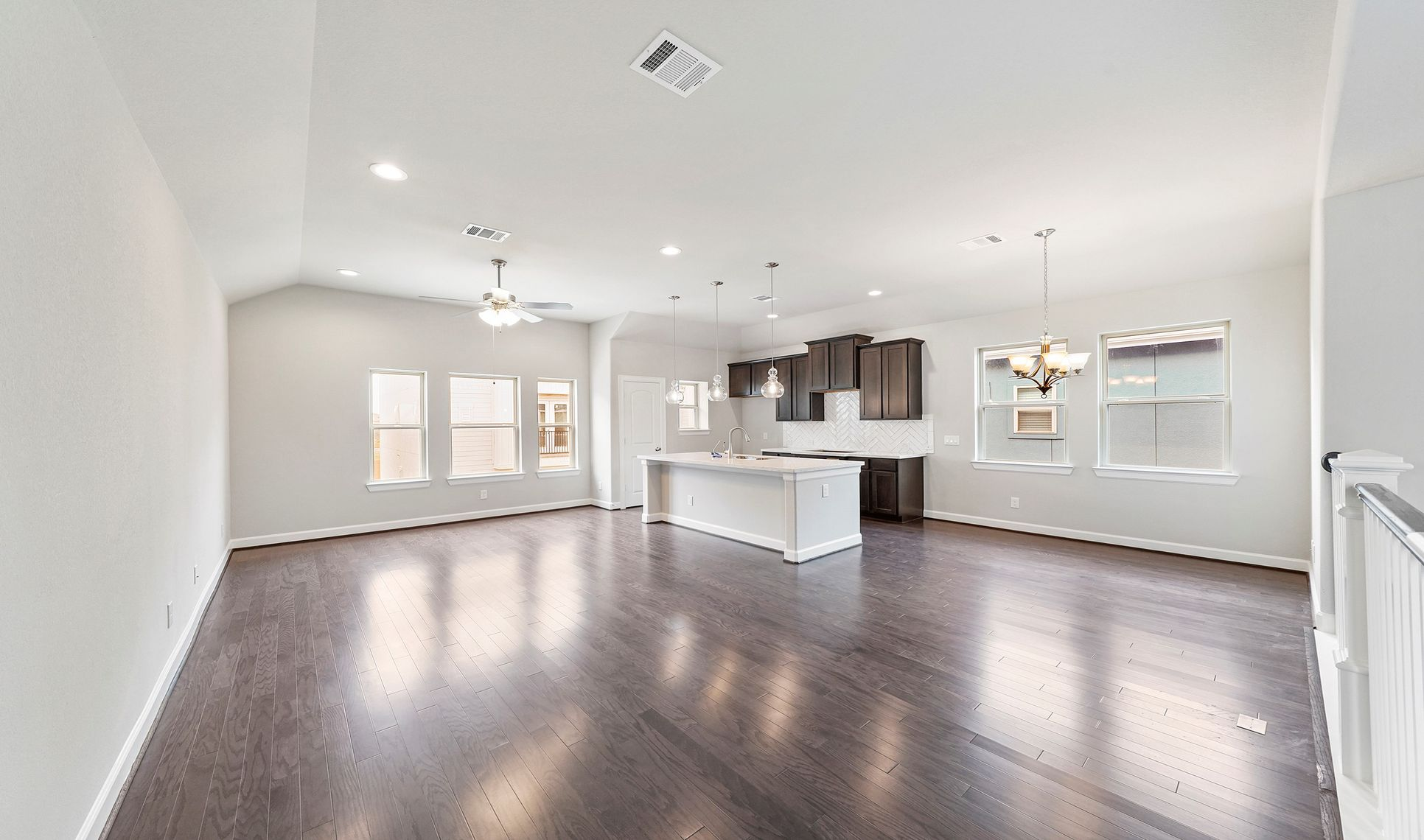 Interior:Bright open floorplan