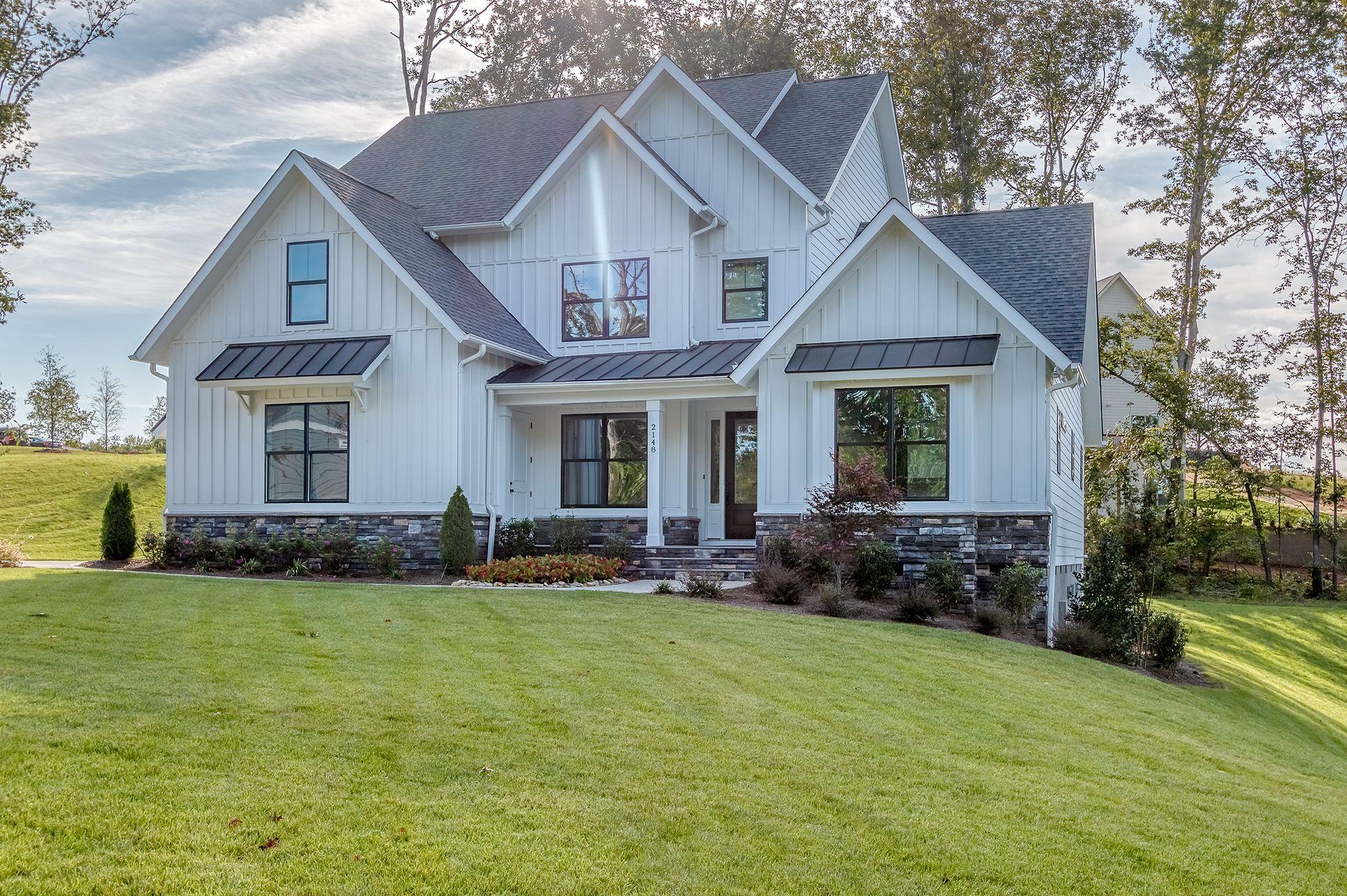 Greenville:modern farmhouse