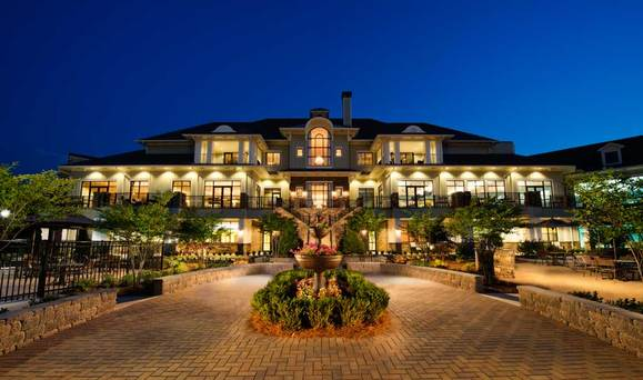 The Clubhouse:Enjoy all Cresswind at Lake Lanier has to offer by Kolter Homes