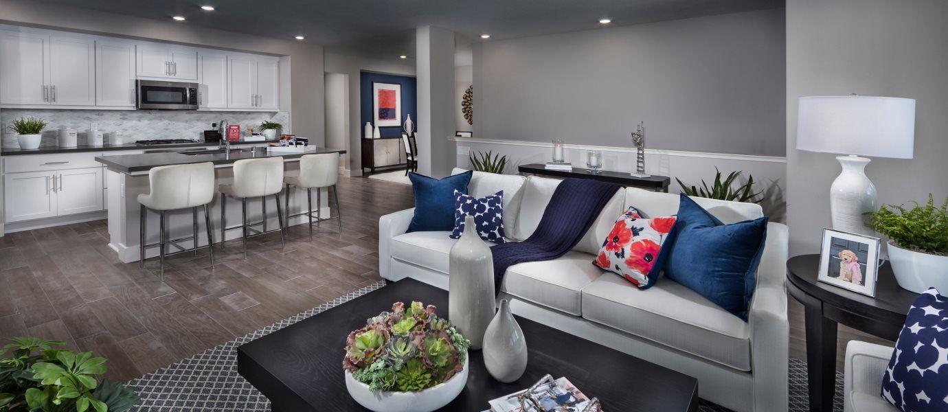 Boulevard Skyline Residence 5 Living Room