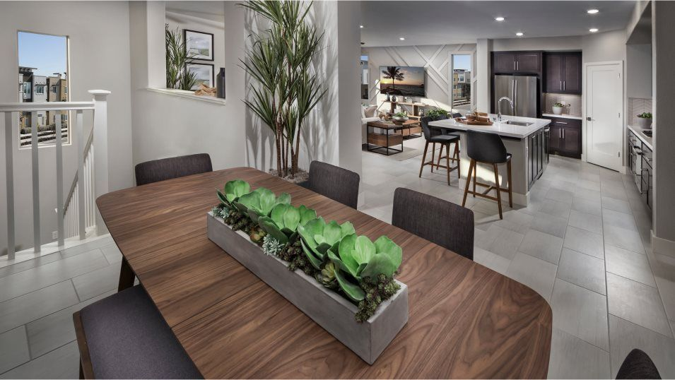 Boulevard Skyline Residence 6 Dining Room:The dining room is ideal for meals of every occasion and melds seamlessly with the kitchen and Great