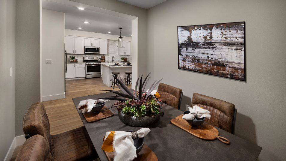 Avenue One Lexington Residence 2A Den:The den is ideal for any occasion from dinner parties to date night, with the bene t of exibility to