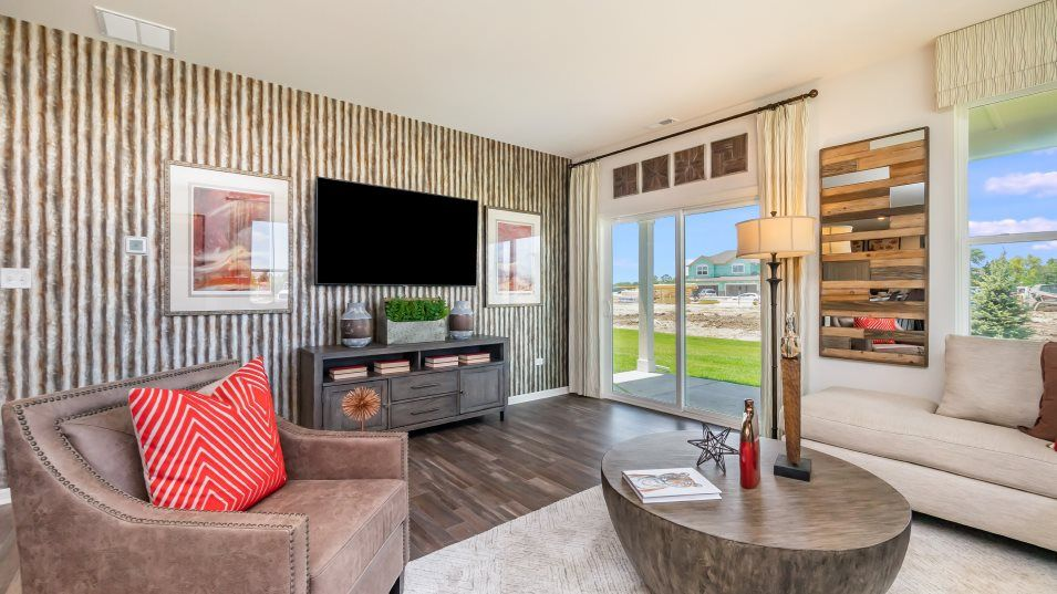 Rose Garden Estates Paired Villas Balsam ei Family:The inviting family room is the heart of this home and an ideal gathering place for watching movies