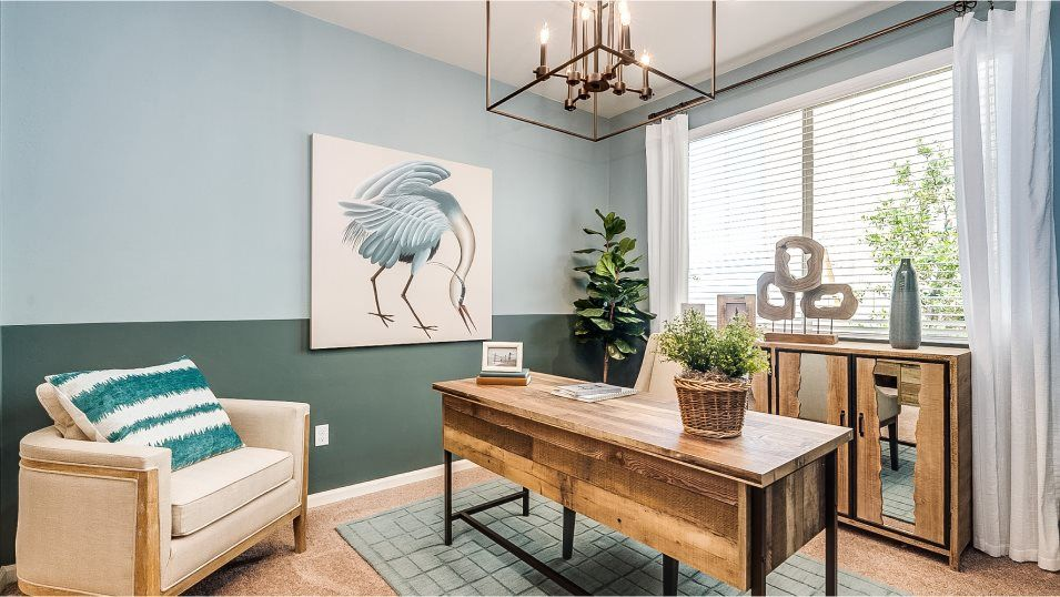 Mountain Vista Ridge 40s Collection Pima Office:Ideal for those work-from-home days, this spacious office is conveniently situated directly off the
