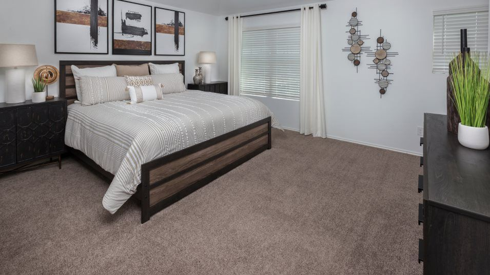 Lake-Breeze nuHome Collection Los Fresnos Owner's:The relaxing owner's suite is conveniently situated on the second floor with a private bathroom and
