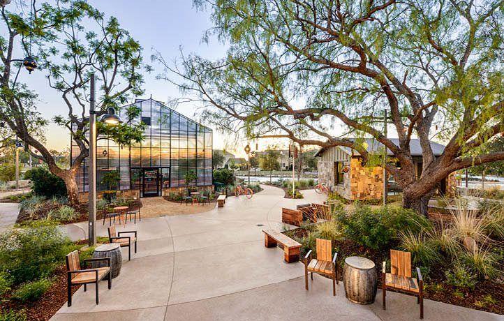 Parasol Park Greenhouse