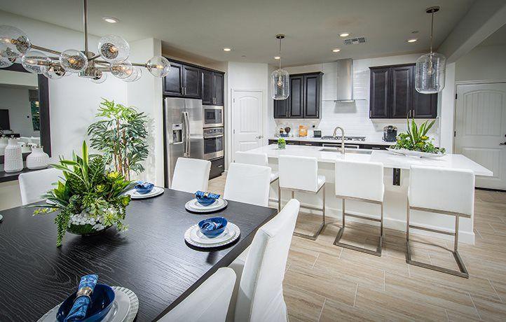Residence 2110 | Kitchen