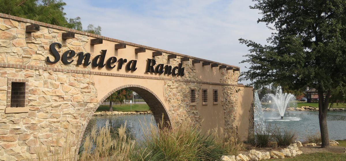 Sendera Ranch Entry