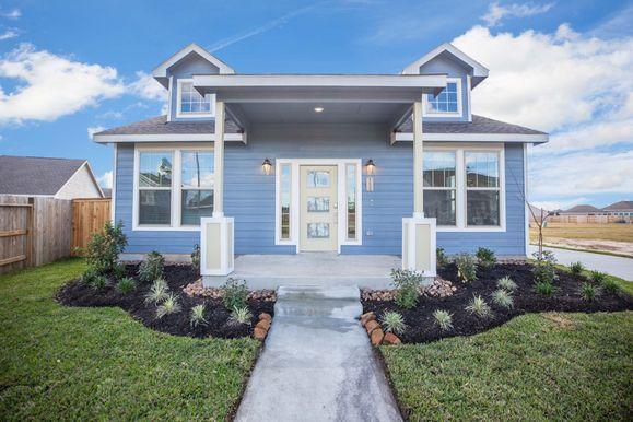 The Oak Bluff Home