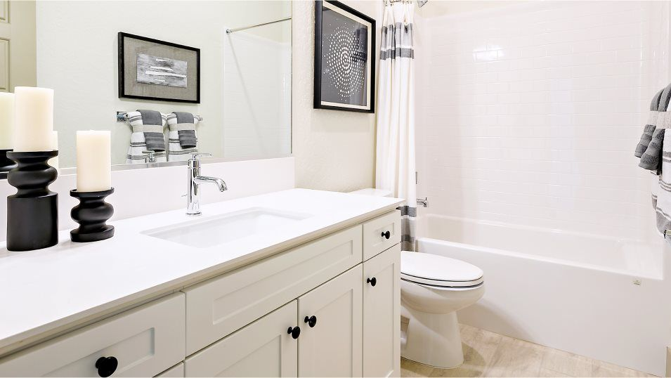 Ironsides Skye Series Sundance Bathroom 2:This full-sized bathroom features convenient double sinks to accommodate shared living, while being
