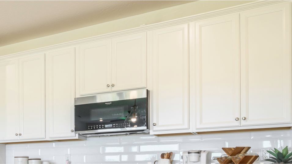 Anatole Coronet Series Aria -Plan 4021 Appliances
