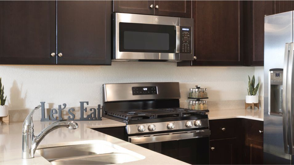 Elm Creek Stonehill Collection Rosedale Kitchen