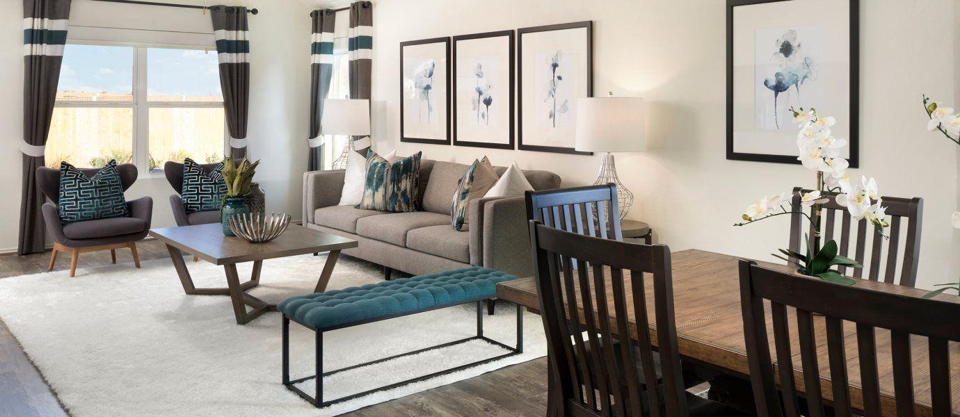 Saddlecreek Claremont Collection Duff Living Room