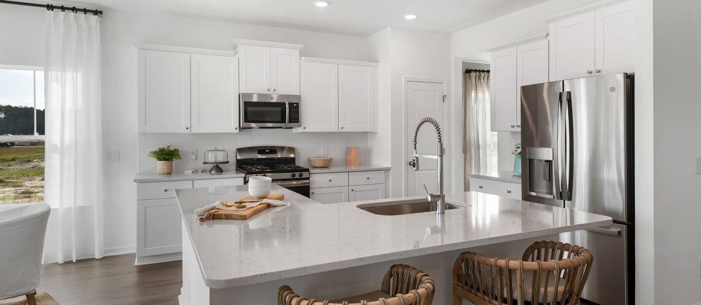 Forestbrook Estates LITCHFIELD II Kitchen