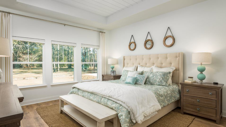 Summers-Corner Azalea Ridge - Arbor Collection KEN:Perfect for rest and relaxation, the owner's suite hosts a serene bedroom washed in natural light, a