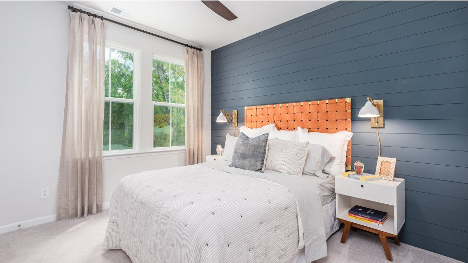 Limehouse Village Row Collection Ashley Bedroom 4:Three secondary bedrooms are located on the top floor, providing the private spaces for family membe