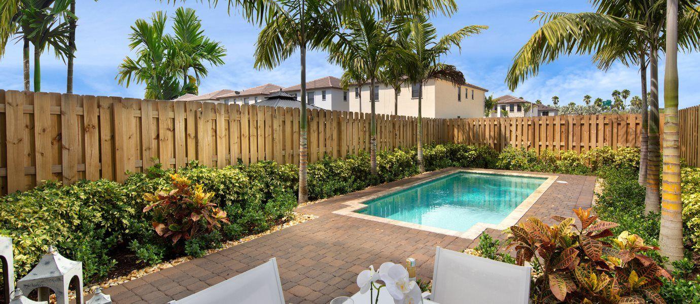 Campo Bello Twin Homes Swimming Pool