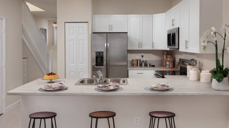 Venezzia Reserve Kitchen:Featuring ample countertop space and a practical pantry, this kitchen keeps everything within reach