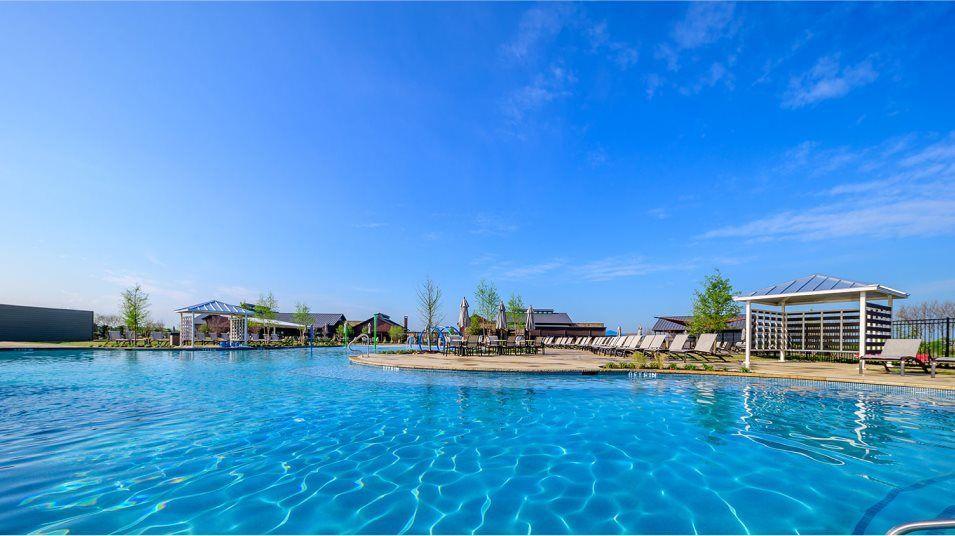 Heartland Swimming Pool