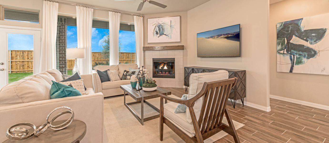 Sendera-Ranch-Brookstone Brookstone Rosso Room