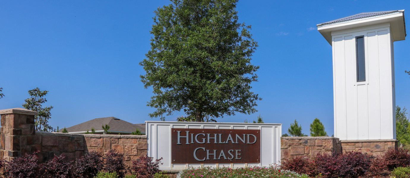 Highland Chase Entrance