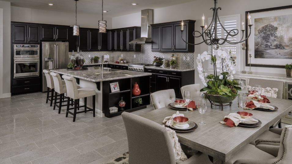 Heritage El Dorado Hills Estates The Biltmore 2993:Sleek new appliances and glossy granite countertops add a stylish touch to the gourmet kitchen.