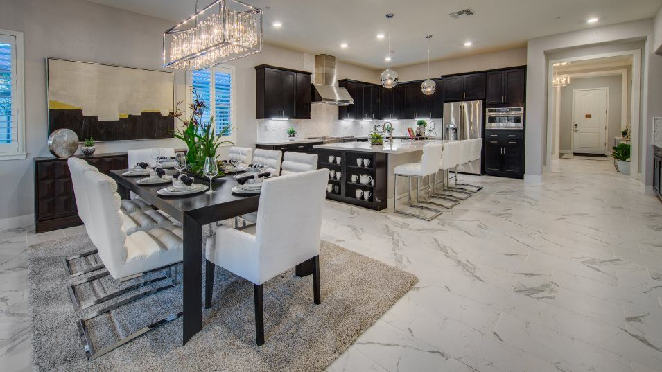 Heritage El Dorado Hills Estates The Biltmore 2993:Situated among the open floorplan, the dining room offers a comfortable place for meals of any kind