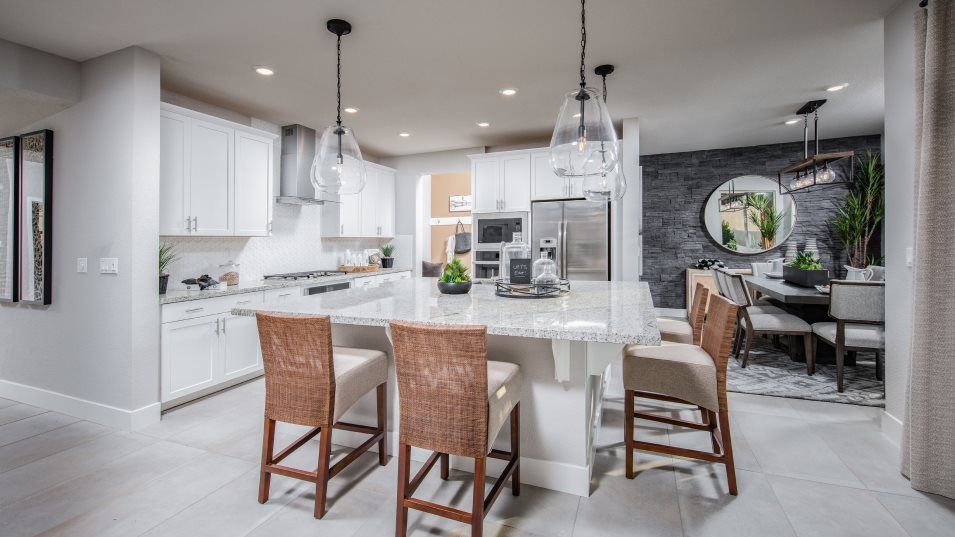 Viridian Residence 2365 Kitchen:The chef-inspired kitchen has gleaming new appliances, a walk-in pantry for added convenience and an