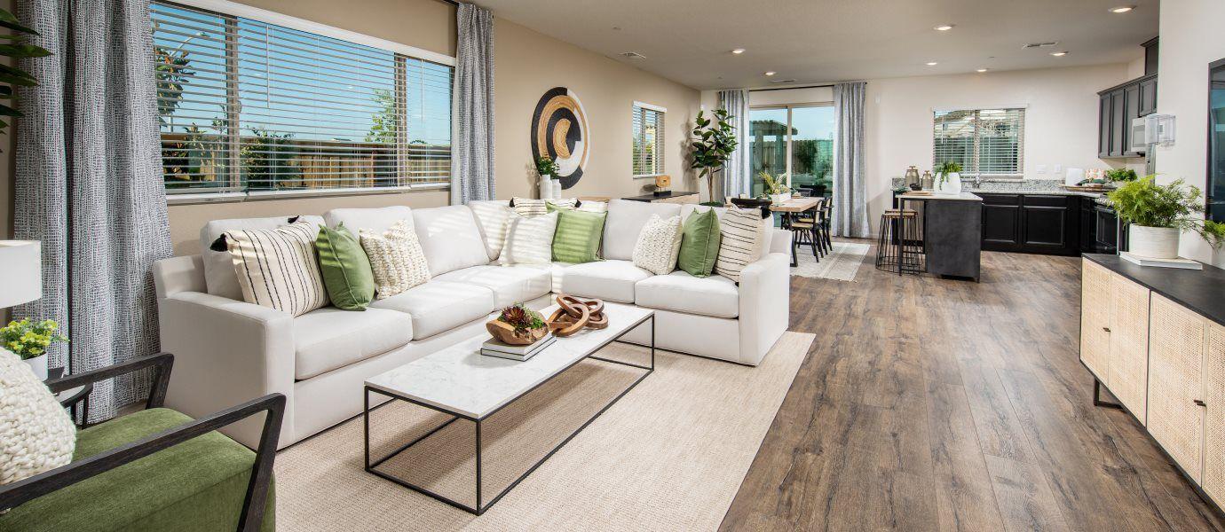 Verdant Residence 2536 Living