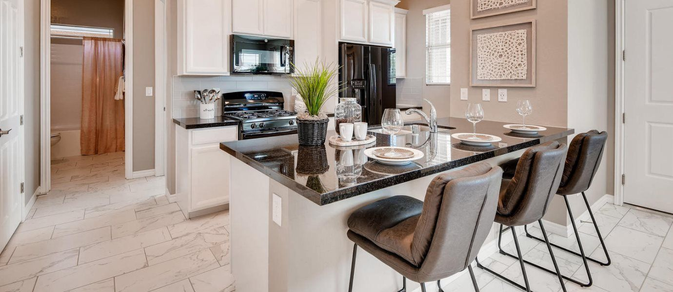 Courtyards at Heritage at Cadence Copper Kitchen