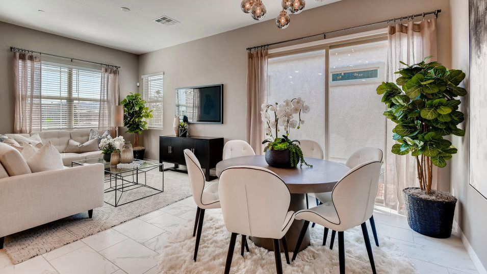 Courtyards at Heritage at Cadence Copper Dining Ro