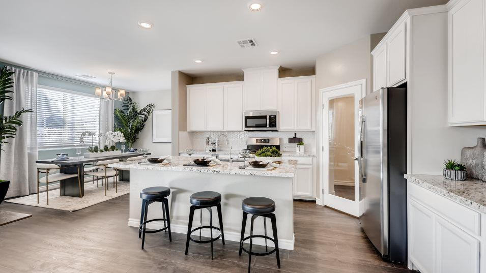 Edgewood Glenbrook Kitchen:Ready for delicious meals, this kitchen offers a convenient center island that doubles as a breakfas
