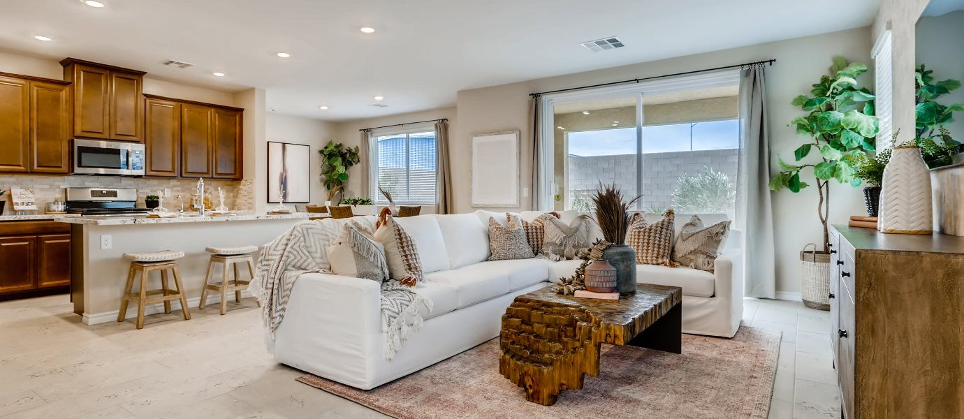 Silverado Valley The Crest Glenbrook Living Room:With sliding glass doors flowing out to the covered patio, this living room offers seamless indoor-o