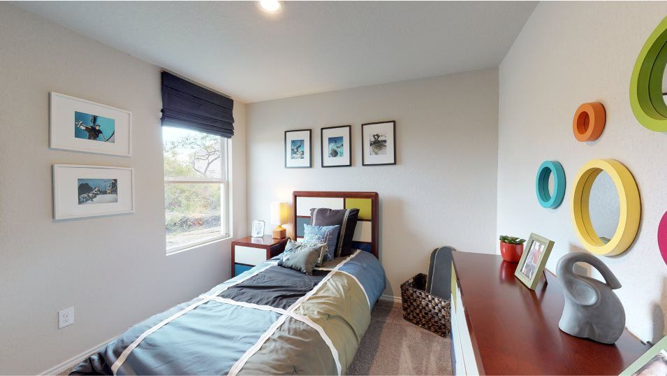 Silos Cottage Collection Drexel Bedroom 3:All the bedrooms feature spacious closets and room for a bed and furniture