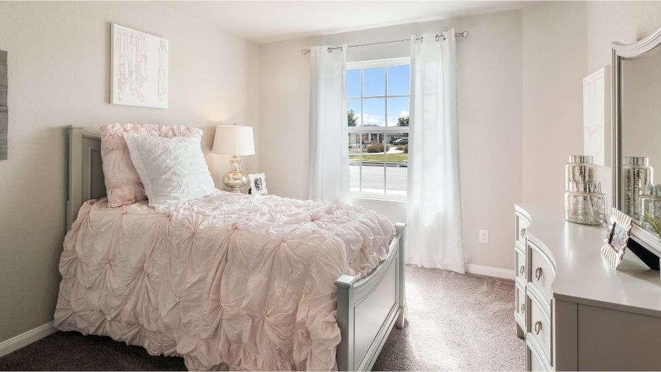Mission Del Lago Thayer Bedroom 3:With three bedrooms in total, this home is great for growing families