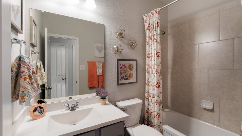Voss-Farms Barrington, Brookstone II & Westfield M:This full-sized bathroom is easily accessible from the foyer, offering shared convenience for both g