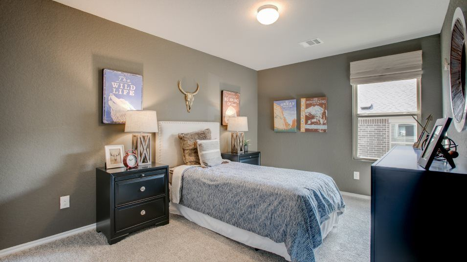The Crossings Dubois Bedroom 3:With several secondary bedrooms, each member of the family can enjoy their own private space