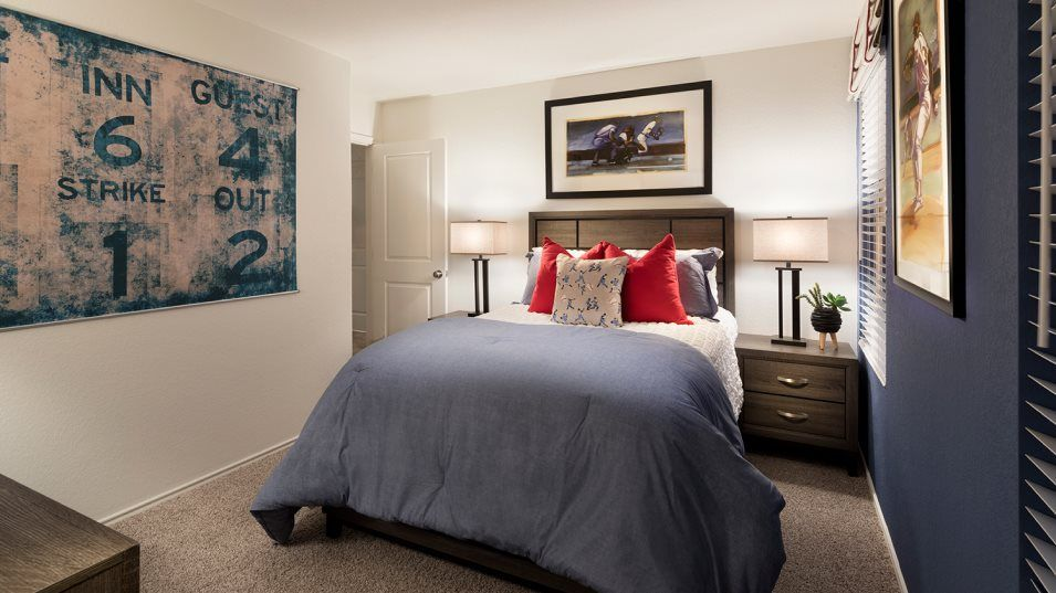 Knox Ridge Ridley Bedroom 2:With four bedrooms in total, this home is great for growing families.