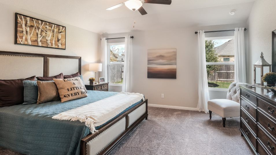 Southton-Meadows Barrington Collection Bexley Owne:The owner's suite includes a large bedroom with backyard views and a full bathroom with a walk-in cl